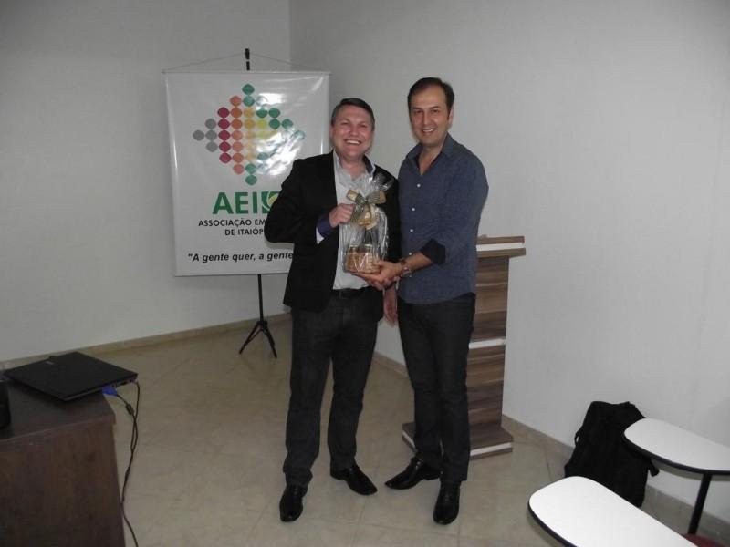 8° Café Palestra contou a história de Empreendedorismo de Odair Kühl sócio fundador do Grupo SOS Telecom