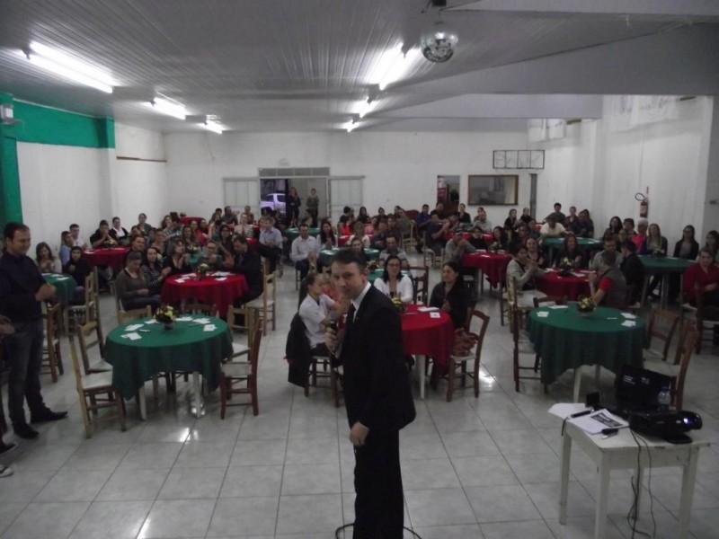 AEI em parceria com o Lions Clube realizam Palestra Social em prol da Campanha da Visão
