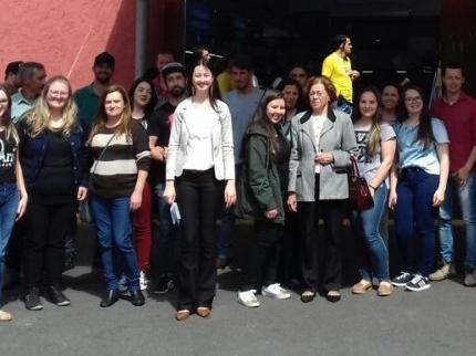 AEI leva grupo de Itaiópolis para a Feira do Empreendedor