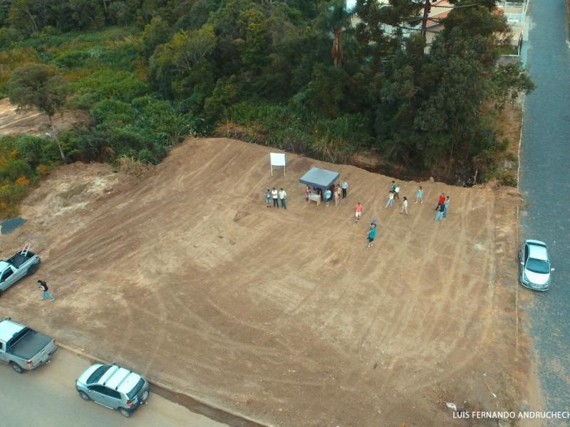 Prefeitura Municipal faz CONCESSÃO DE USO de um terreno para a AEI E CDL